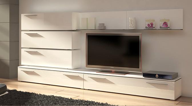 Białe stoliki pod telewizor